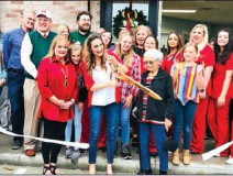 Curtis Family Pharmacy hosts grand opening, ribbon-cutting